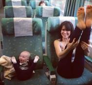 25 Fotoğrafla Muhteşem Anneler ve Küçük Kız Çocukları.. Dikkat; Aşırı Sevimlilik İçerebilir!
