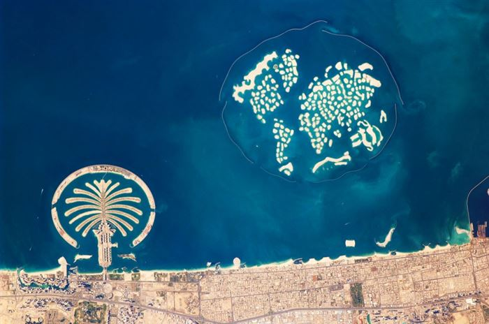 dubai-palm-island-the-world