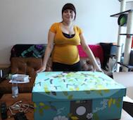 Finlandiya Devleti Ülkedeki Hamile Kadınların Adresine Bu Devasa Kutudan Gönderiyor