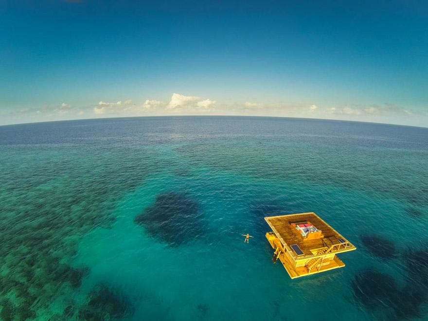 Floating Otel, Zanzibar