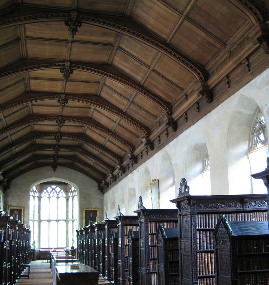 st-johns-college-library-cambridge-uk