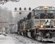 Tren Yolculuğunu Ve Kış Mevsimini Birleştiren En Güzel 10 Fotoğraf