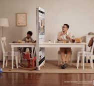 Akıllı Telefonların Sevdiklerimizle Aramıza Duvar Ördüğünü Gösteren Kampanya Çalışması