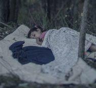 Suriyeli Mülteci Çocuklar Geceleri Nerede ve Ne Koşullarda Uyuyorlar? 10 Fotoğrafla Görüntülendi.
