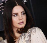 Lana Del Rey'den Hayranlarına Yeni Müzik ve Şiir Kitabı Müjdesi